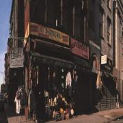 Paul's Boutique, 30